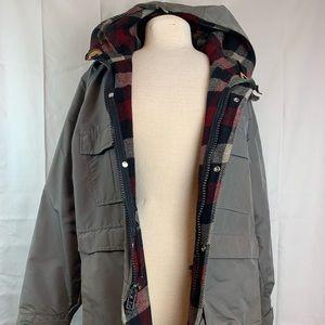 Beige LL Bean Freeport, Maine Winter Coat Size M